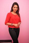 Madhu shalini latest glam pics-thumbnail-8
