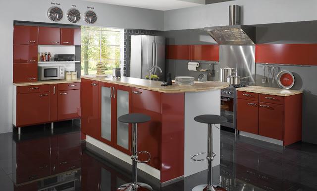 cocina-roja-con-pared-gris