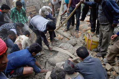 Air Asia Airlines: Let's help rebuild Nepal!