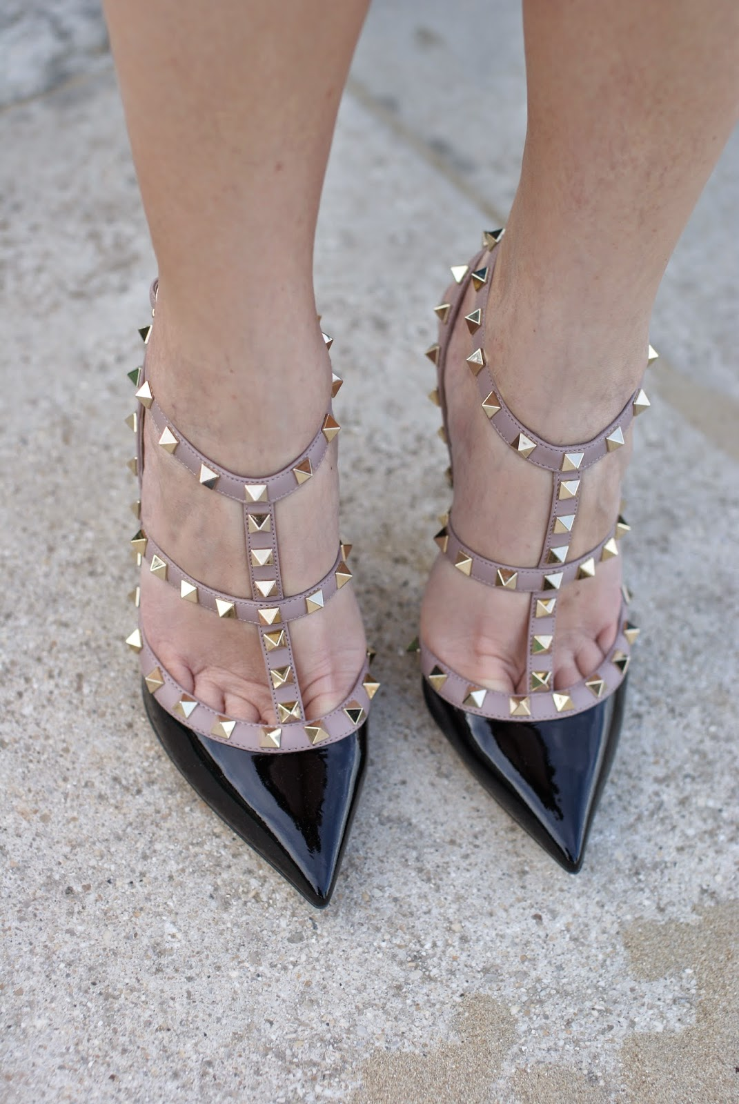 Valentino rockstud pumps in black patent leather, Fashion and Cookies fashion blog, fashion blogger italiana