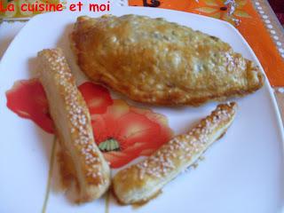 http://la-cuisine-et-moi.blogspot.fr/2011/06/chaussons-la-courgette-et-aux.html