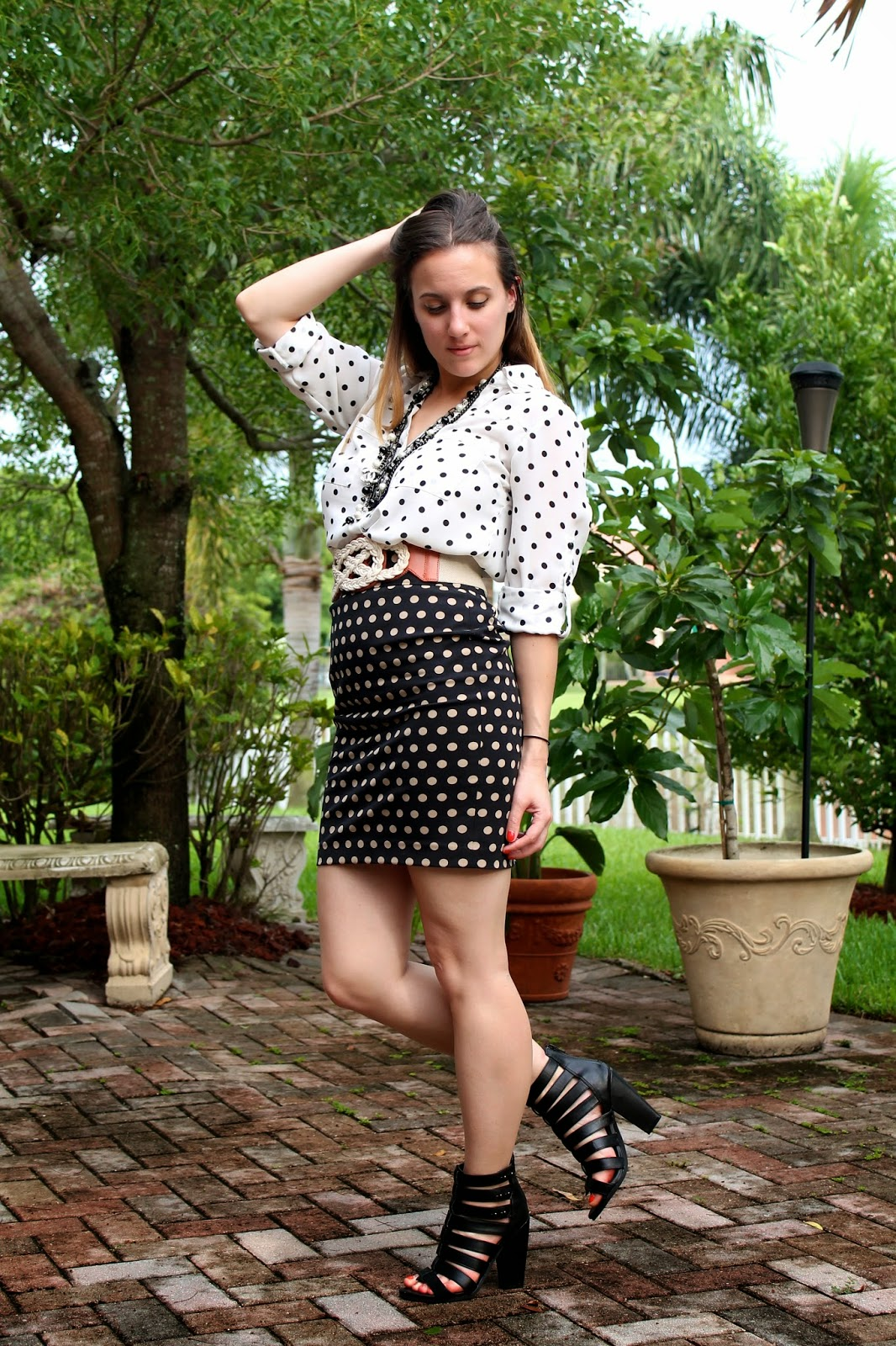 LOFT, Express, Steve Madden, Chanel, Anthropologie, street style, polka dots, Miami fashion blogger, Miami trendsetter, fashion blogger, lookbook, style blog
