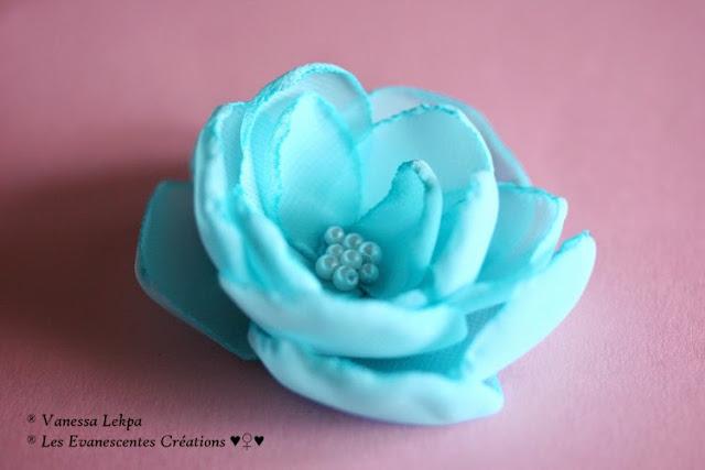 pics à chignon pour mariée fleur pastel bleu turquoise mariage bohème