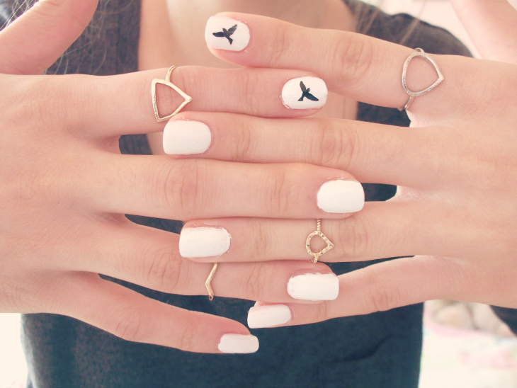 Monochrome Bird Nails