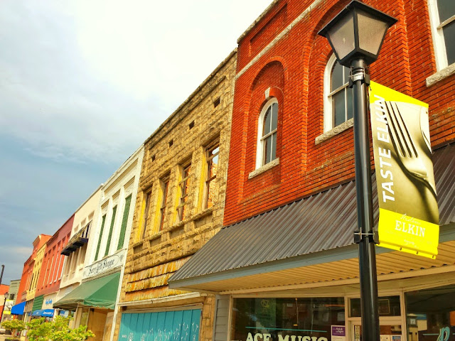 Downtown Elkin: #OutaboutNC NC Yadkin Valley Wine Guide