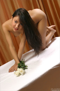 Nude Babes - 4139020.jpg