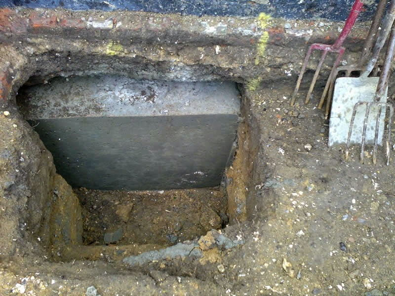 Surveying Property What Is Underpinning Part 1 Traditional - Under-pinning-foundations
