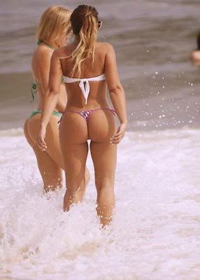 Beach-Girls-Without-Dress