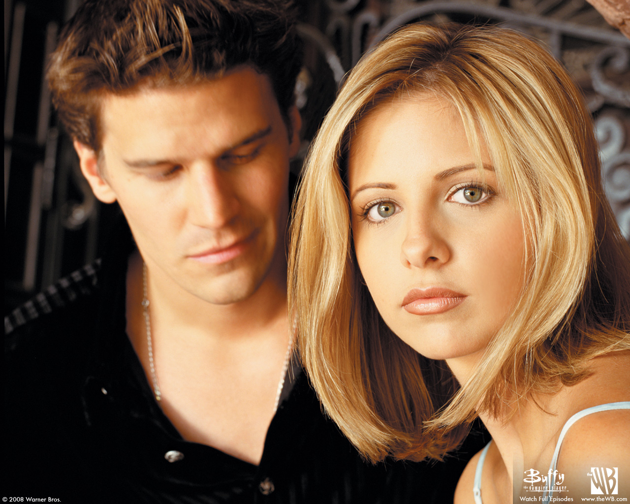 http://3.bp.blogspot.com/-lQwiYLMd4kk/ULNdPw4rvWI/AAAAAAAABYg/VEiH34kHXfA/s1600/sarah_michelle_gellar_buffy_the_vampire_slayer_david_desktop_1280x1024_hd-wallpaper-554526.jpg