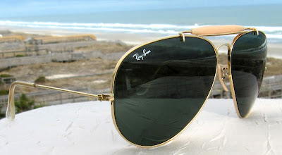 ray ban aviator sunglasses malaysia  this model is developed model from aviator model. the different is, outdoorsman have a bar ontop its bridge. for malaysia ray ban