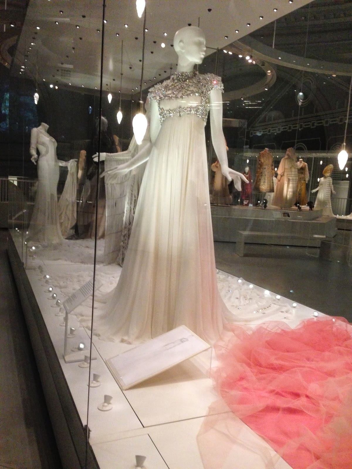 fbloggers, fashion, fashionbloggers, weddings, weddingfashion, v&a, victoriaandalbertmuseum, victoriaandalbertweddingdressexhibition, weddingdressexhibition, london, kensington, viviennewestwood, gwenstefani, katemoss