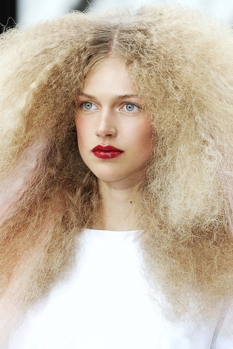 Get The Frizz Out Naturally One Good Thing By Jillee