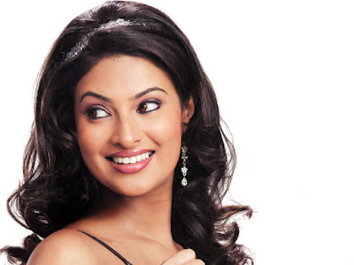 Pretty Sayali Bhagat Wallpapers Ghost Film