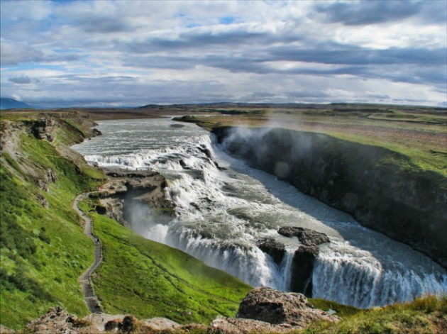 السياحه 2018 2019 Gullfoss-is-one-of-t