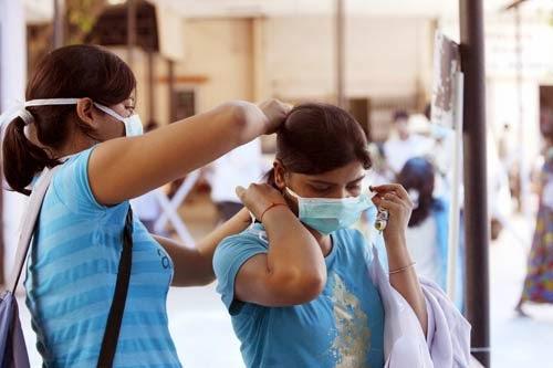swine flu article All about swine flu article - what is swine flu   signs and symptoms of swine  flu   how swine flu spreadsdiagnosis and treatment of swine flu   prevention .