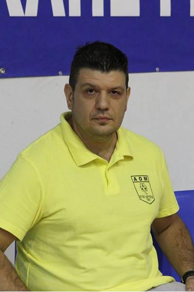 Ο Άγγελος Κυρκόπουλος, βοηθός προπονητή στη Μακαμπή