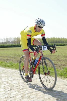 Sur les pavés du Paris-Roubaix