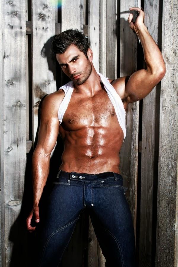 Beautiful Hairy Men: Rodiney Santiago