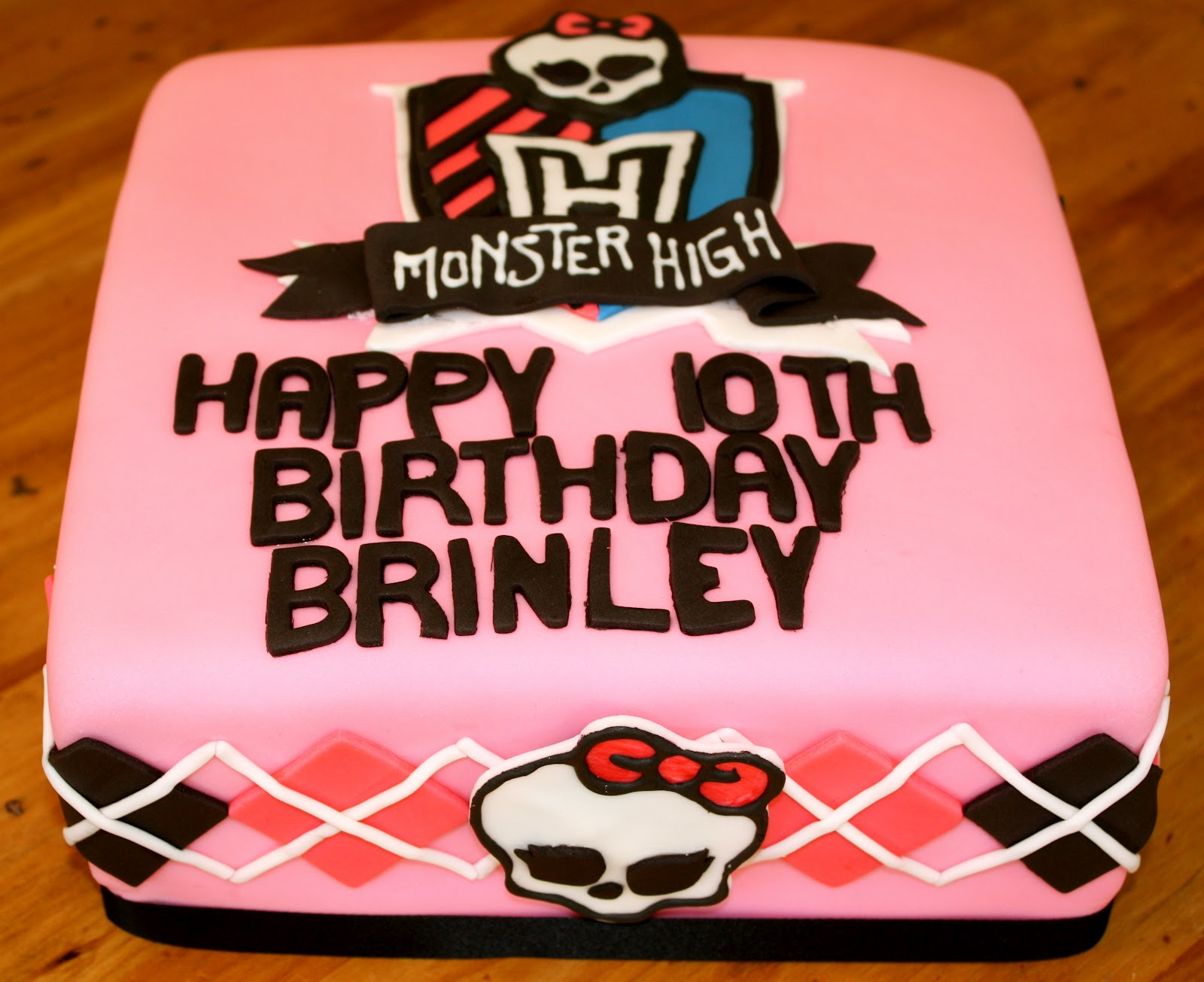 Bumble Cakes Monster High Birthday Cake With Argyle Accents