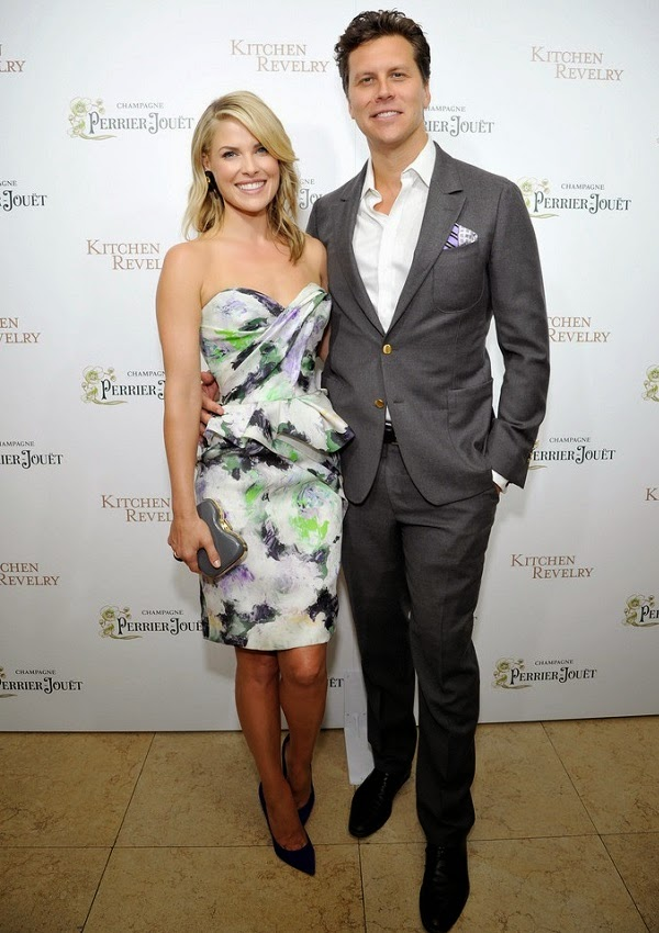 Heights of celebrities how tall is ali larter and hayes macarthur