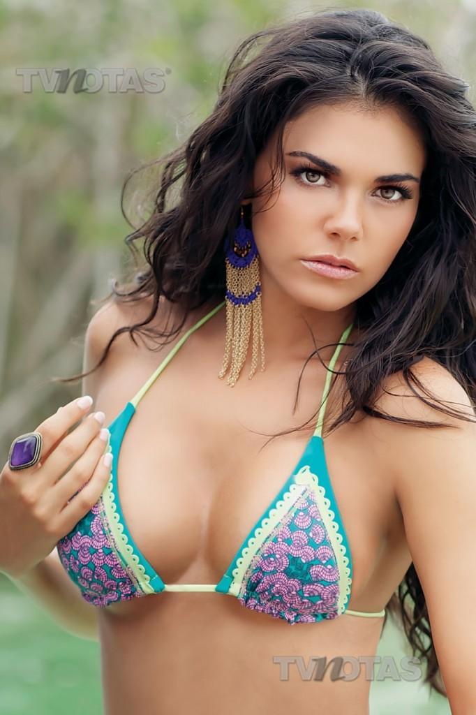 Hot Mexican Livia Brito