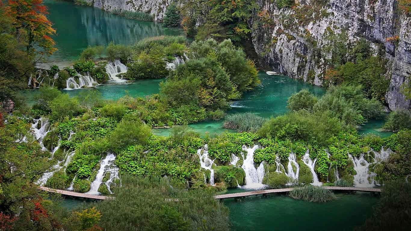 Plitvice Lakes National Park i Lika, Kroatien