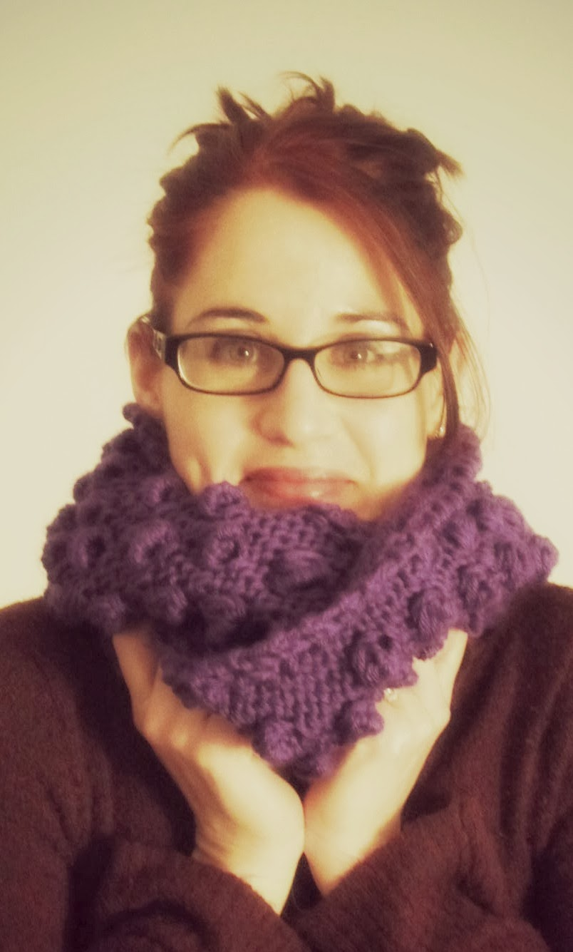lostsentiments: Free Knit Blueberry Bobbles Infinity Scarf Pattern