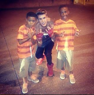 Selena Gomez Justin Bieber and friends celebrate July 4th
