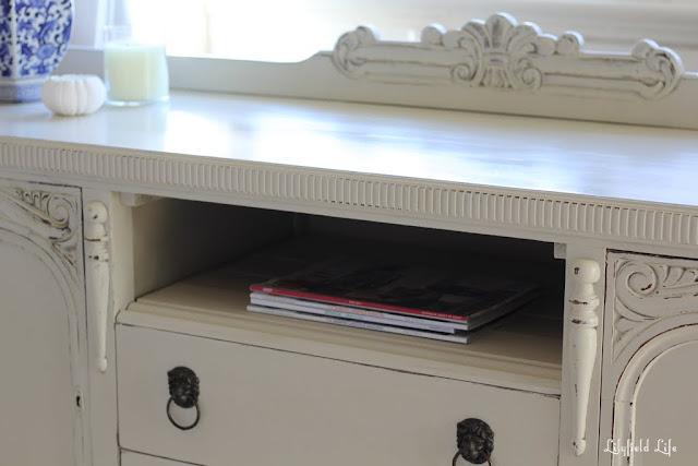 add a shelf for video unit
