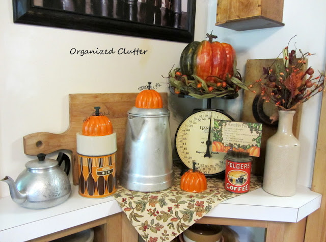 Fall Vintage Kitchen Vignette