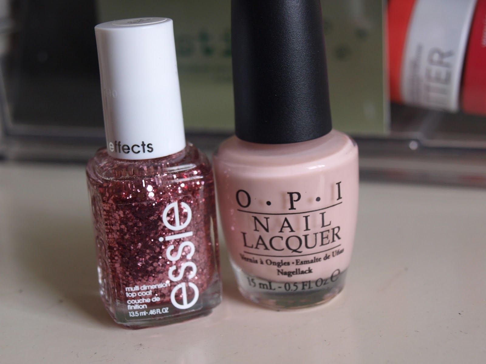 Fabuleux See it, Love it, Swatch it.: NOTD: OPI Sweet Heart & Essie A cut Above ER92