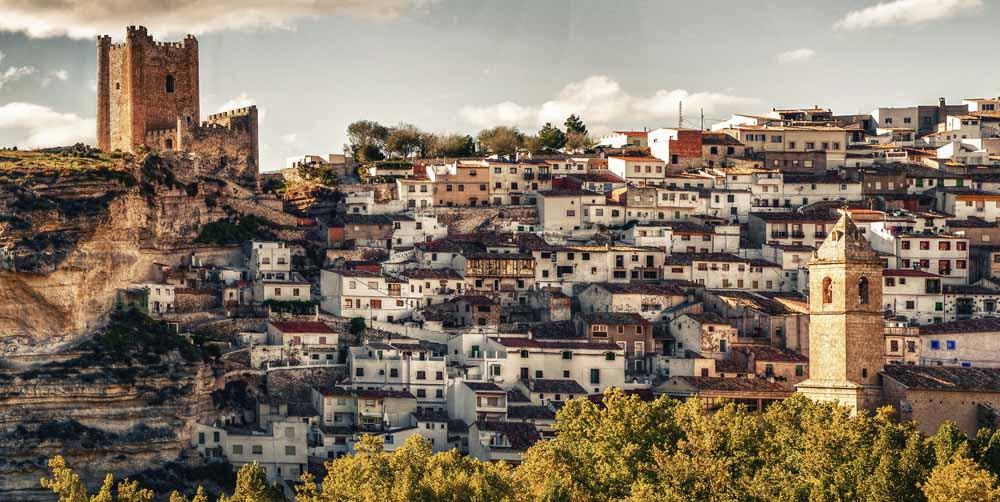 Escapada rural a alcal del j car viajero total - Casa rural el castillo alcala del jucar ...