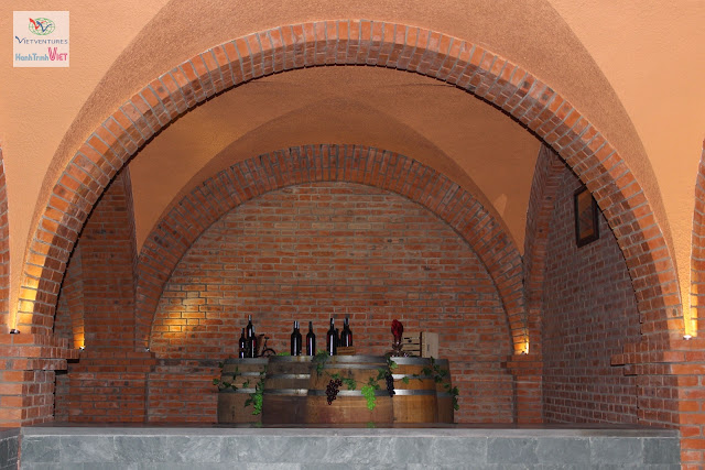 Tham quan lâu đài rượu vang ở Mũi Né