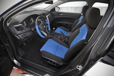 2011-Suzuki-Kizashi-Apex-Turbo-Concept-Cabin-Interior