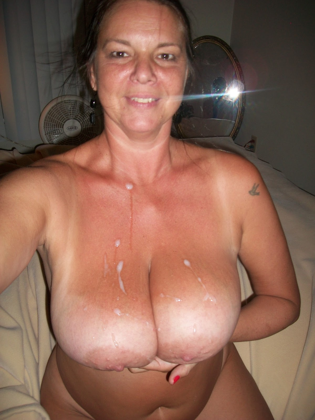 mature age escorts suckingdick