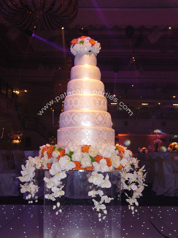 Pat-a-Cake Parties: 6 tier - Wedding Cake \'Amrit\'