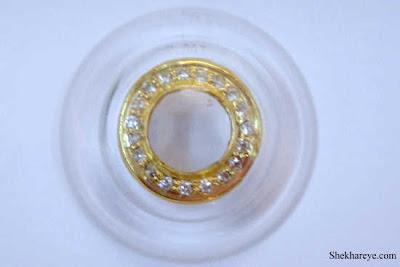 عدسات لاصقة مصنوعة من المجوهرات-منتهى