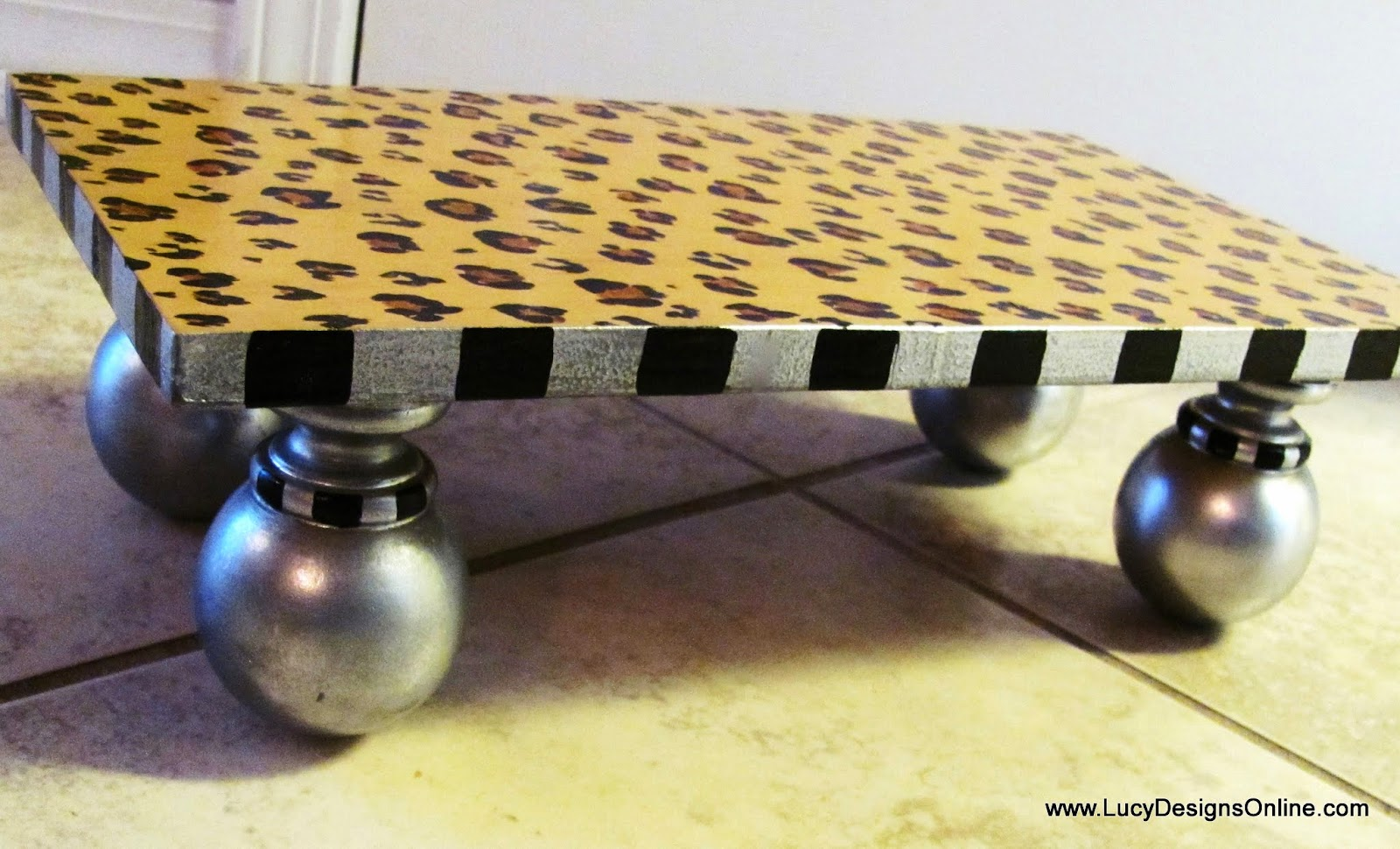 animal leopard print with silver dog dining table feeder stand