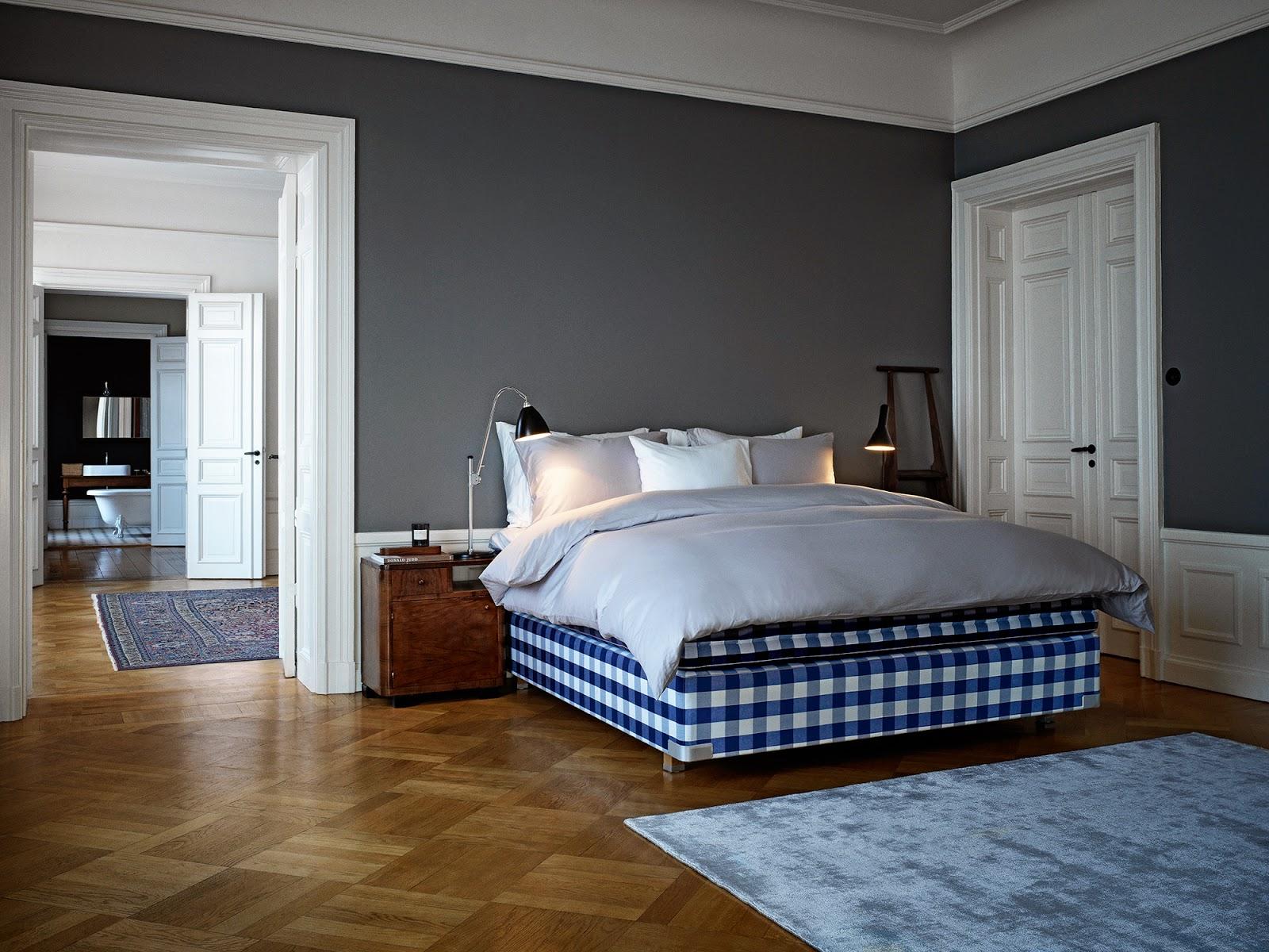 inform interiors h stens showroom sale. Black Bedroom Furniture Sets. Home Design Ideas