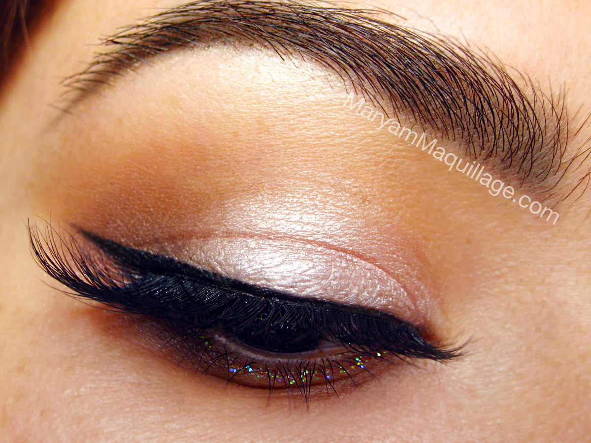 http://3.bp.blogspot.com/-lUP_b3Vpzu4/T6G9jPzVQII/AAAAAAAADKk/gnRKeyMv4kw/s1600/cat_eye_makeup.jpg