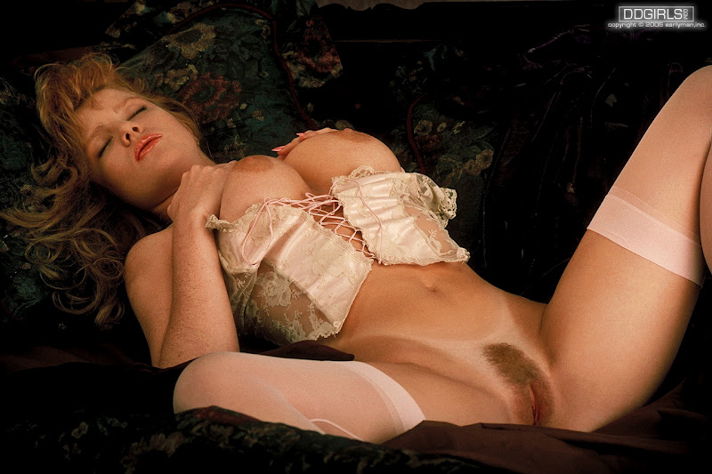 julia hayes masturbation pics