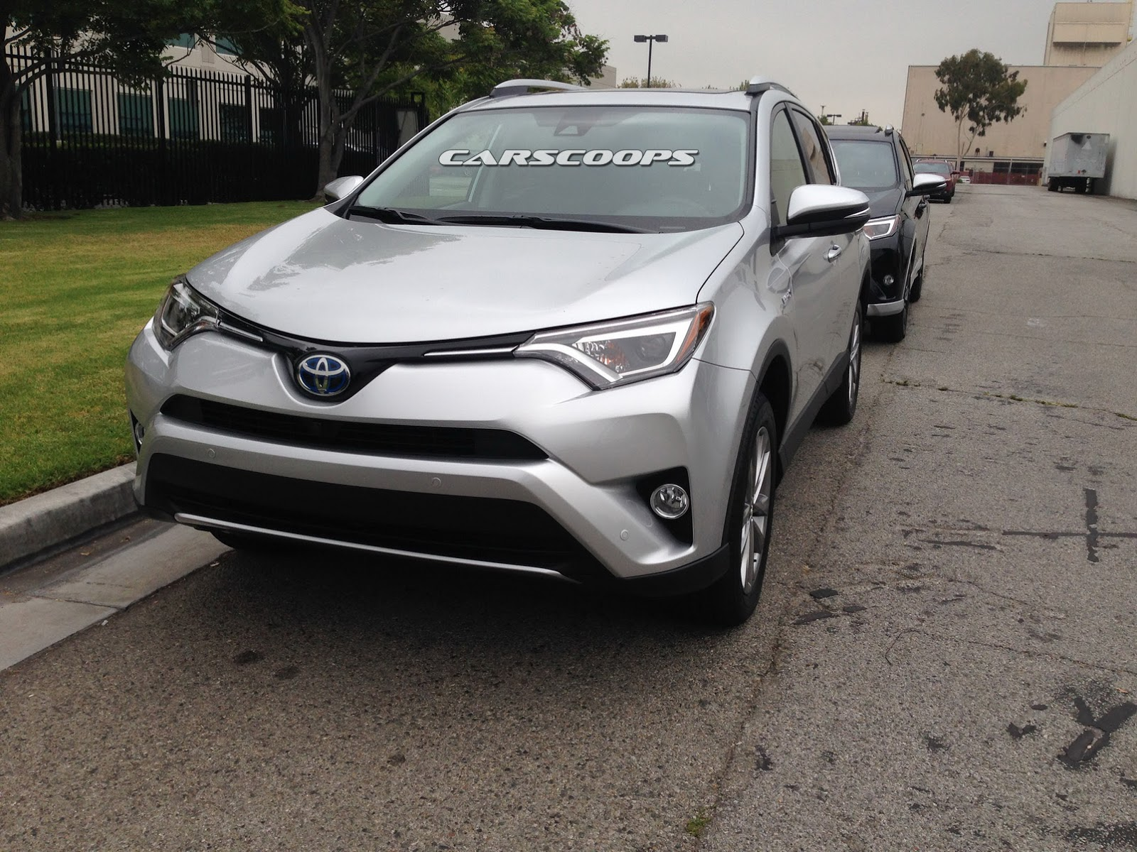 Toyota S Facelifted 2016 Rav4 And New Rav4 Hybrid Snagged