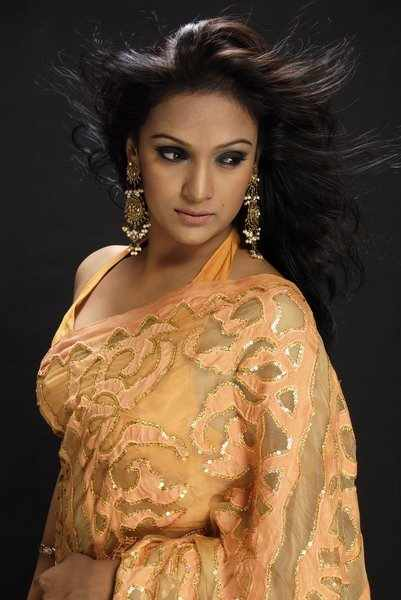 Model actress Bindu