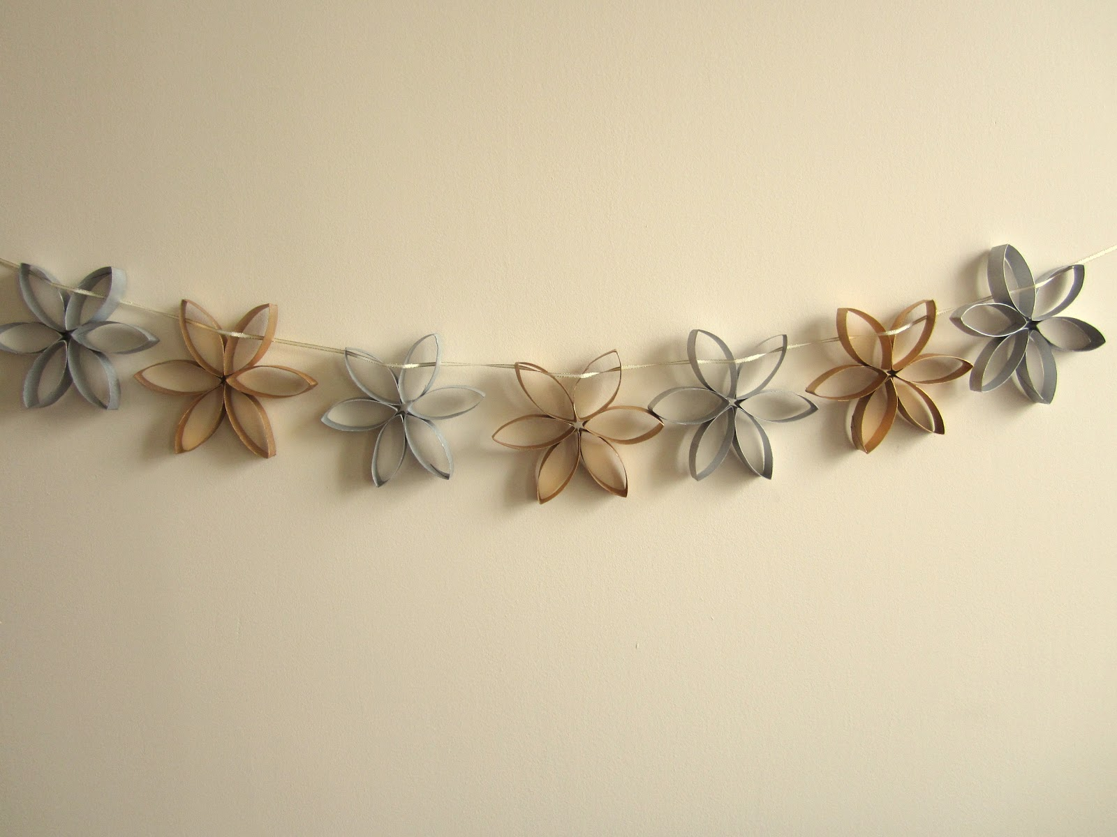 Toilet Roll Christmas Garland Crafty Weekend Craft Projects For