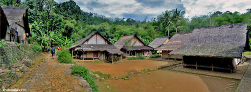 Suasana Lingkungan di Rumah Adat Baduy Luar