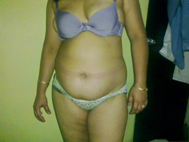 kerala homemade and hot nude aunty bikini images