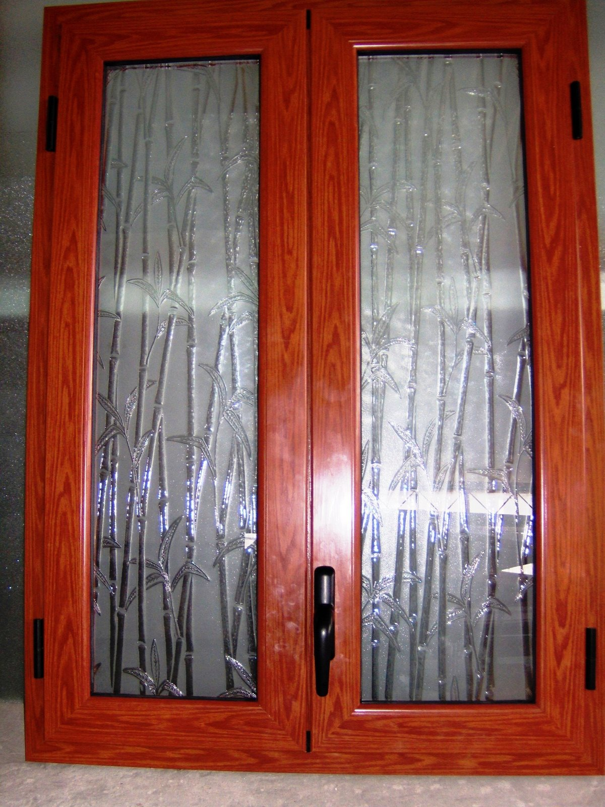 Infissi in alluminio finestre in alluminio e legno alluminio for Finestre di artigiano