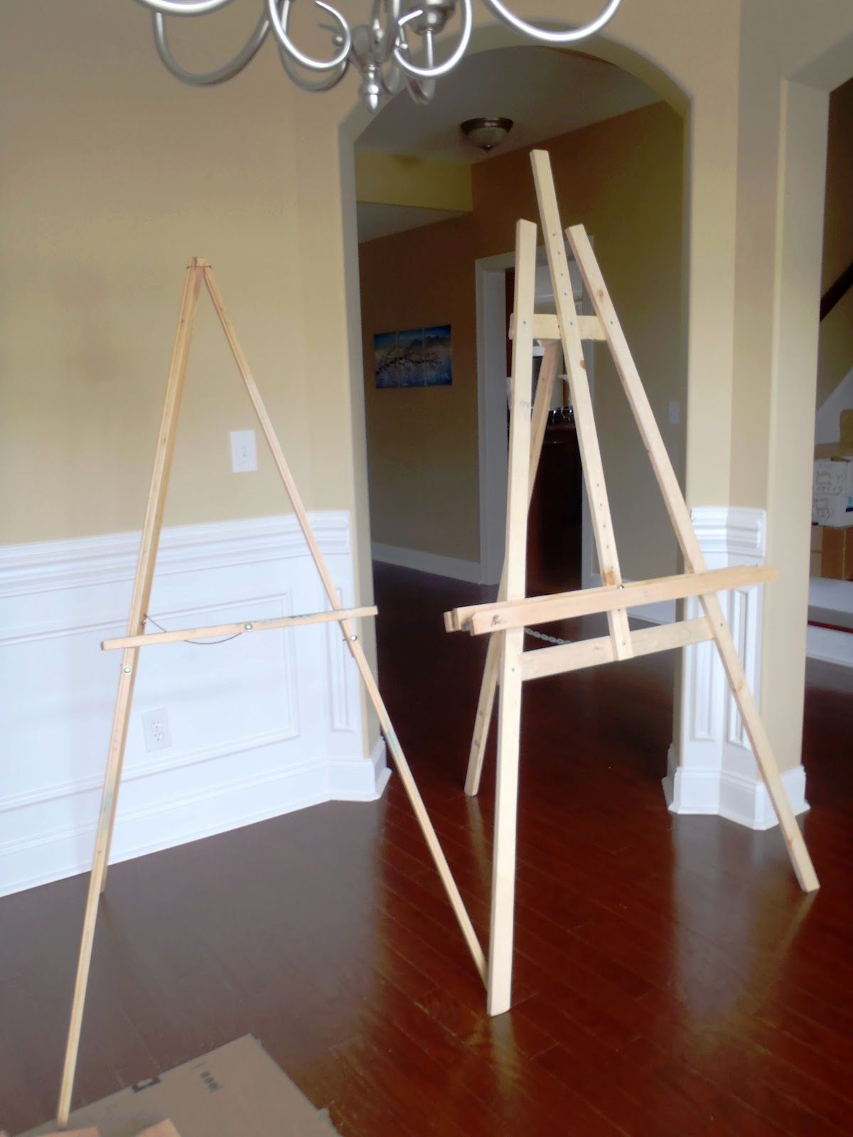 Lazy liz on less build a cheap quick and easy artist easel the bought one and the built one solutioingenieria Gallery