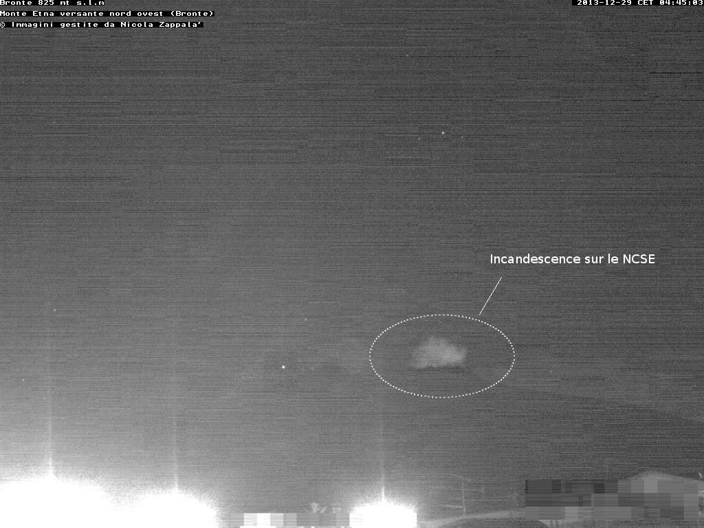 Incandescence du volcan Etna, 29 decembre 2013