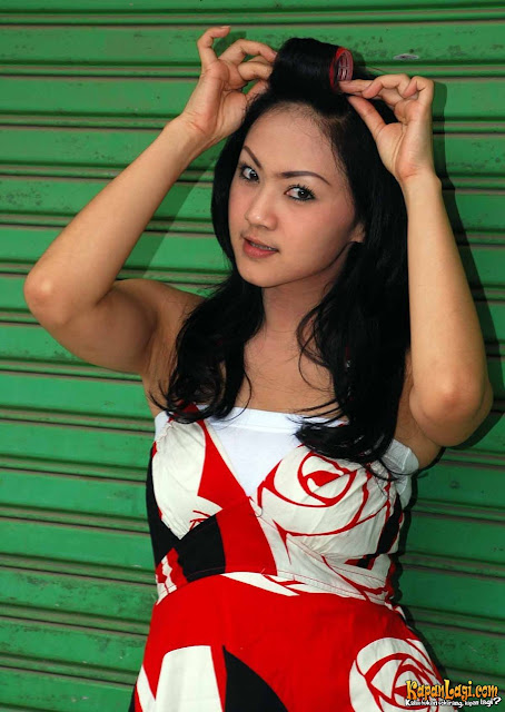 ade fitri artis indonesia, foto artis cewek, indonesia bugil, telanjang bugil